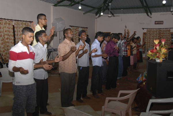 students-in-worship